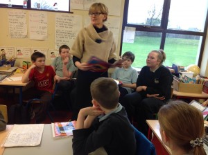 Mairead McGuinness MEP with the pupils of Creggs NS in Galway.